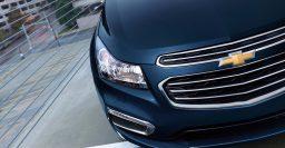 MY2015 Chevrolet Cruze facelift: ugly split grille, 4G LTE hotspot