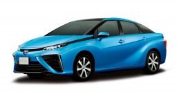Toyota FCV: Fuel cell car has ugly butt, remains faithful to concept