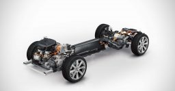 Volvo XC90 T8 twincharged plug-in hybrid to top engine range