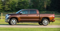Toyota Tundra drops V6; offers 4.6L, 5.7L V8s only for MY2015