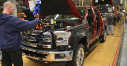 Aluminium Ford F-150 begins production at River Rouge