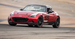 Mazda MX-5 Global Cup racing series to begin in 2016
