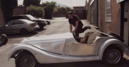 Video: How Morgan builds its wood-frame cars