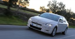Skoda Superb: third generation revealed in official spy photos