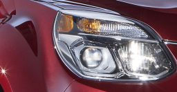 Chevrolet Equinox facelift coming in Chicago; headlights teased