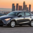 2017 Toyota Yaris iA vs Mazda 2 sedan: Photo comparison