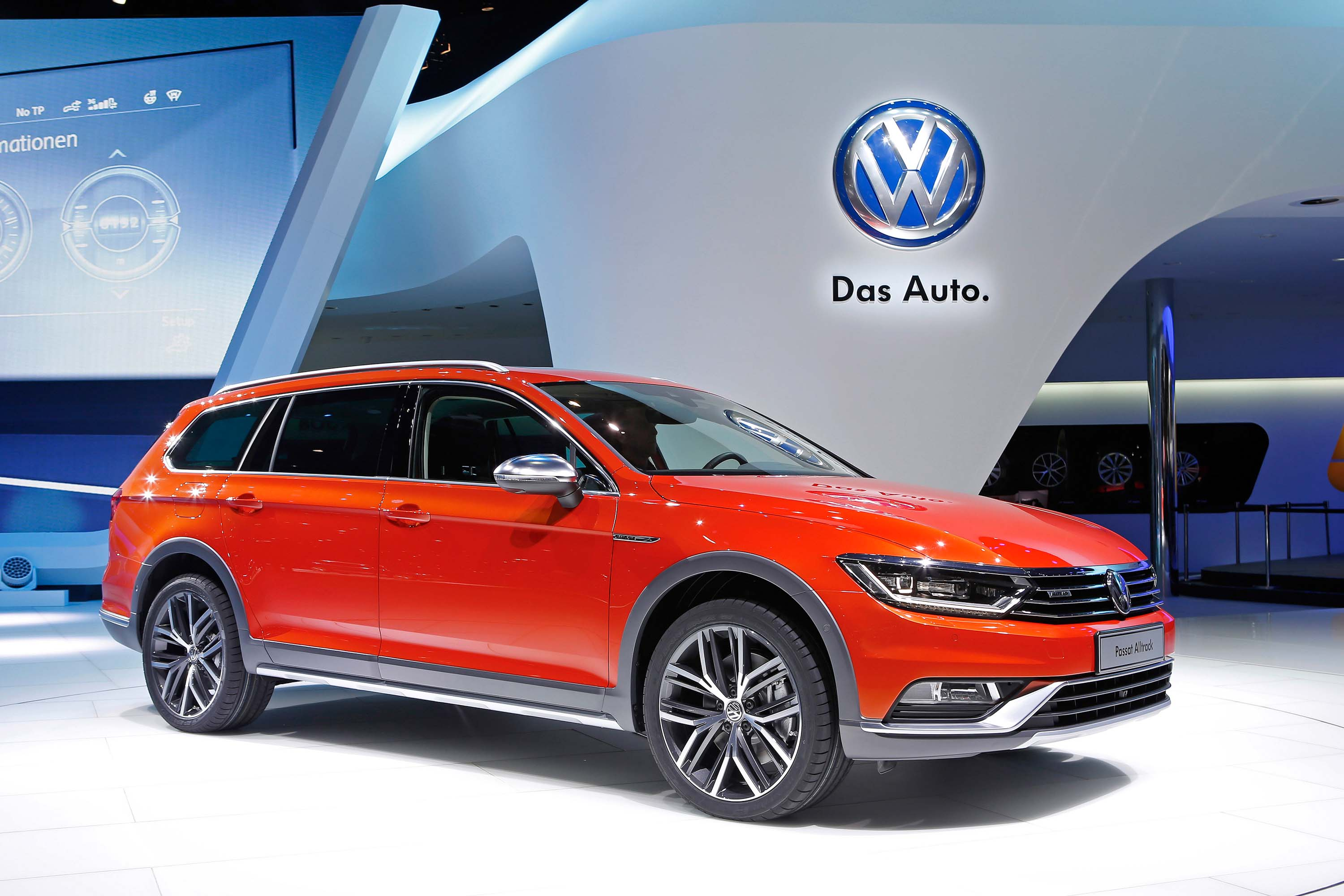 b8 volkswagen passat alltrack awd wagon photo gallery between the axles. Black Bedroom Furniture Sets. Home Design Ideas