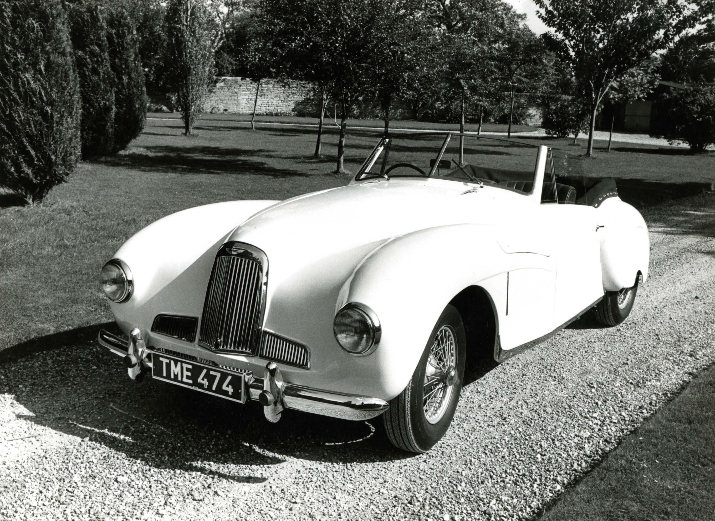 Aston Martin DB1 (1948-1950) photo gallery   Between the Axles