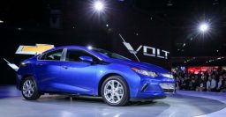2016 Chevrolet Volt orders open in California, other states must wait