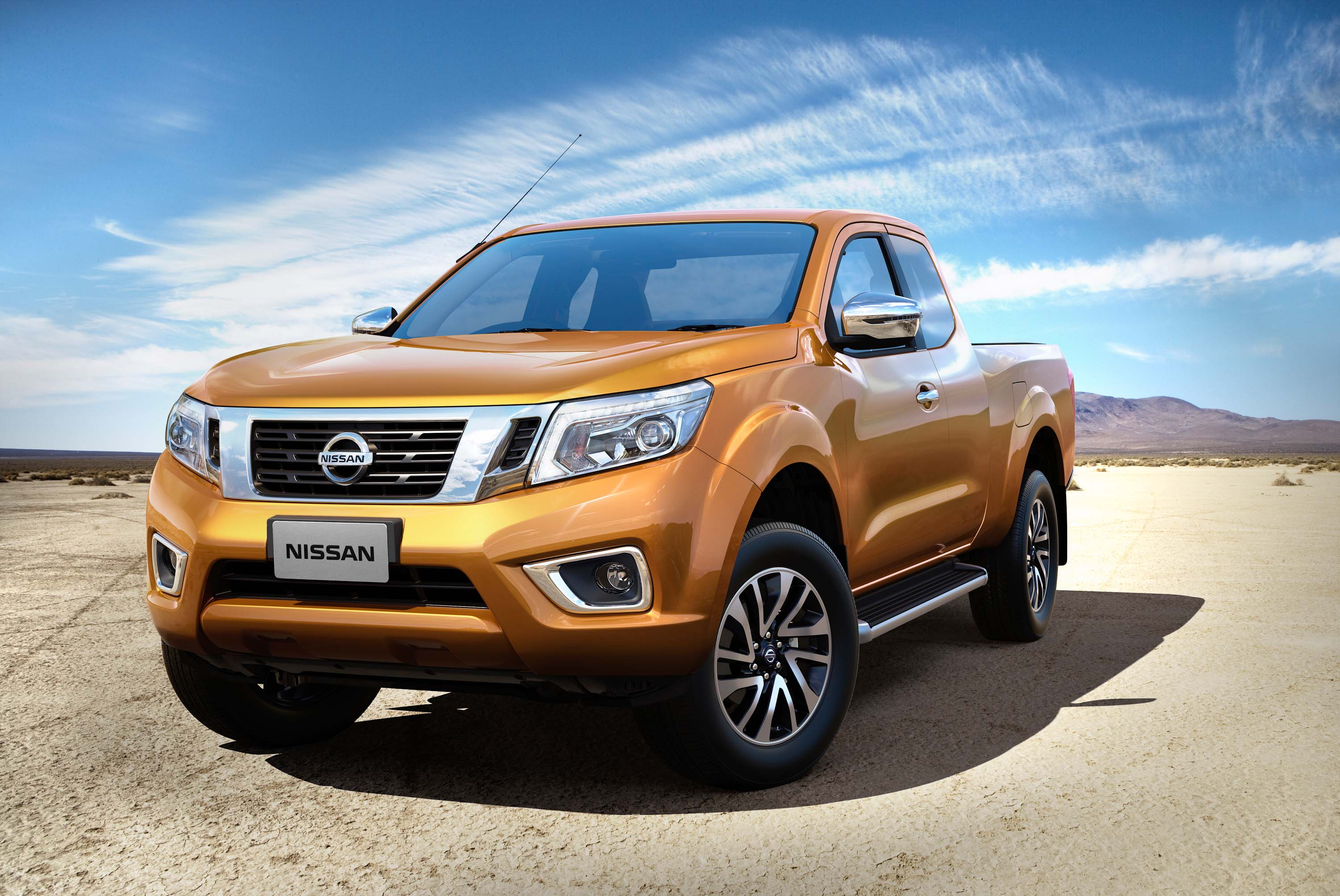 d23 nissan navara np300 photo gallery between the axles. Black Bedroom Furniture Sets. Home Design Ideas