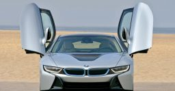 BMW i8 wins 2015 International Engine of the Year