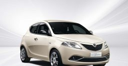 "Lancia Ypsilon: ""Nuova"" facelift, optional 5-inch Uconnect"