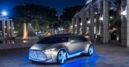 Mercedes-Benz Vision Tokyo: Self driving lounge on wheels