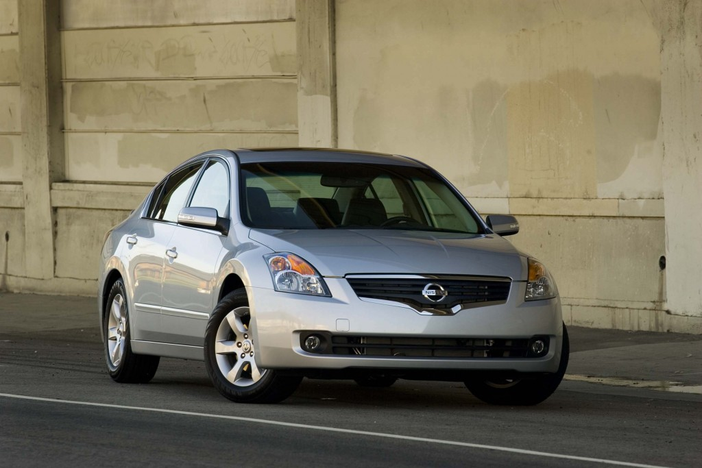 Nissan Altima Se R L31 Photo Gallery Between The Axles