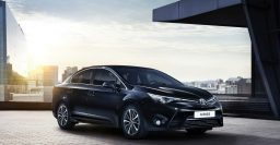 Toyota Avensis production ends soon, replaced by Camry Hybrid in Europe