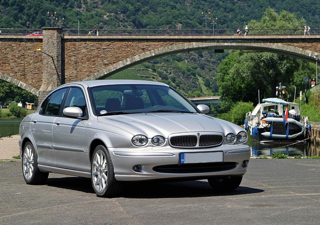 Jaguar X-Type sedan (X400, 2001-2009) photo gallery