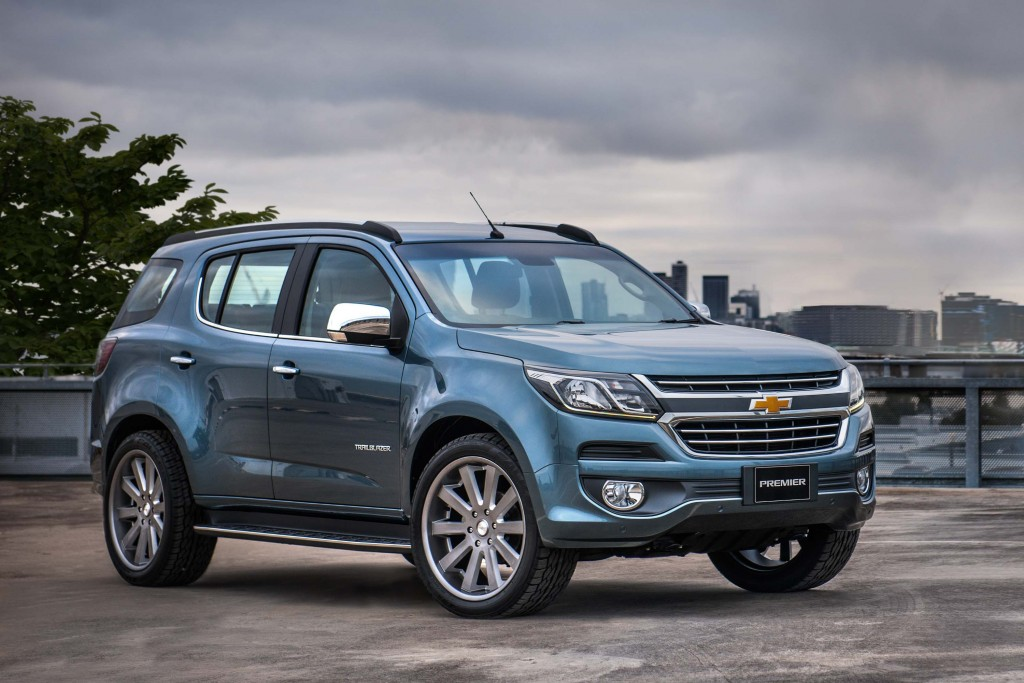 2016 Chevrolet Trailblazer facelift previewed by Premier ...