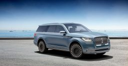 2018 Lincoln Navigator previewed by gullwing concept in New York