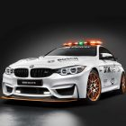 BMW M4 GTS DTM Safety Car (2016, F82) photo gallery