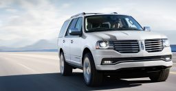 2015 Lincoln Navigator facelift ditches V8 for 3.5L twin turbo V6