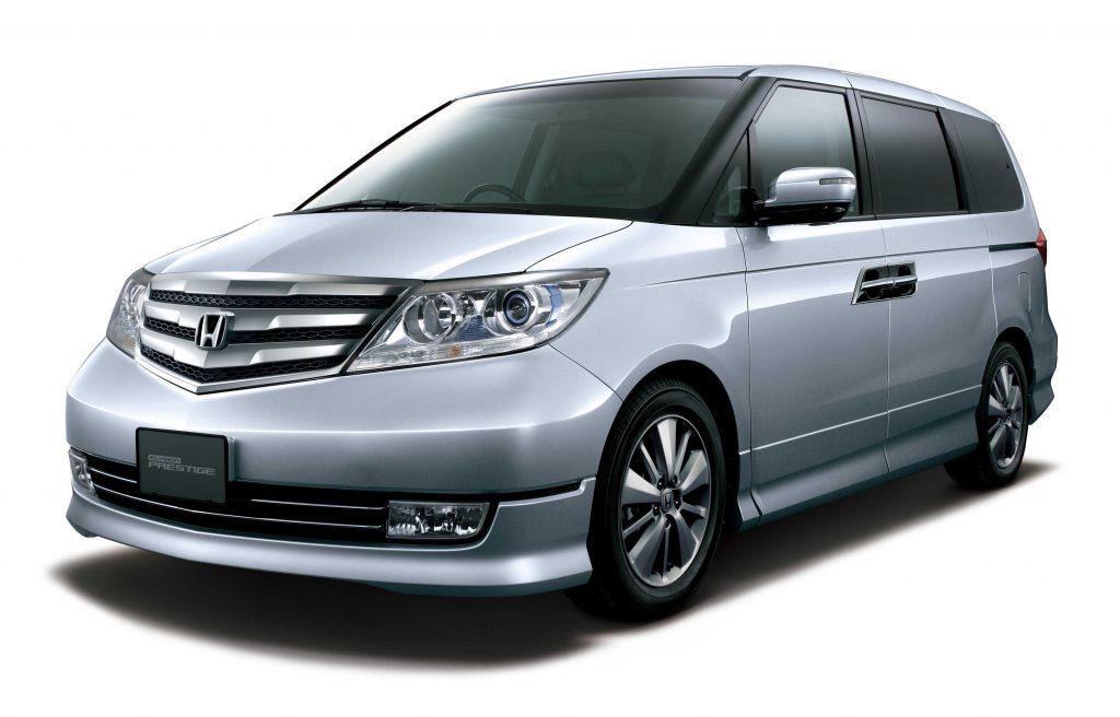 Honda Elysion (2010 facelift, RR1-RR6) photo gallery