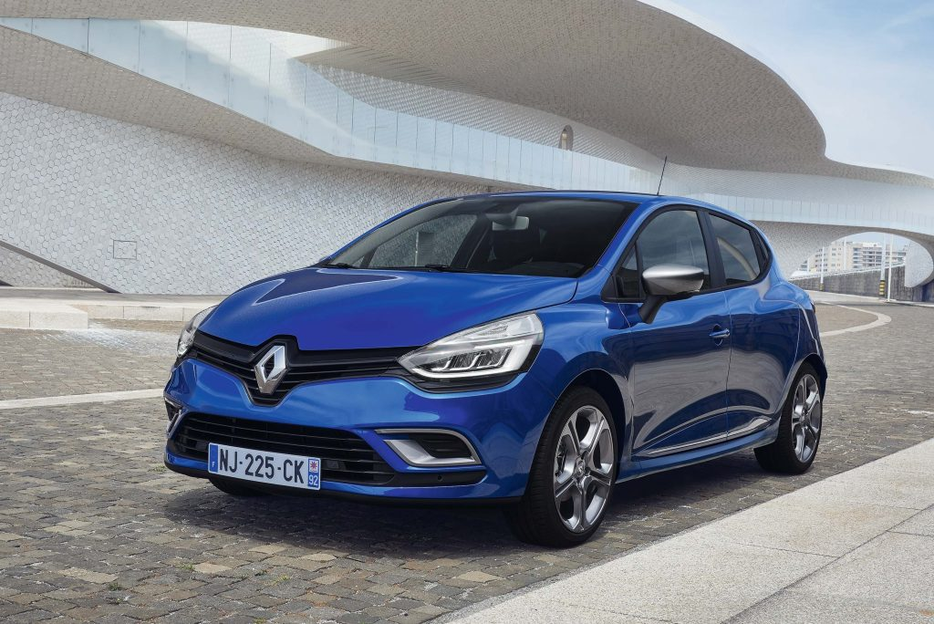 renault clio gt line iv facelift 2016 photo gallery. Black Bedroom Furniture Sets. Home Design Ideas