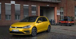 Volkswagen Golf: Top seller in Sweden for 2016, first non-Volvo in 54 years