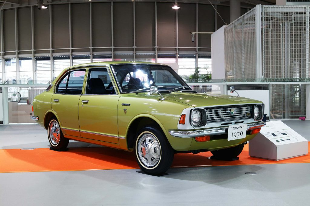 Toyota Corolla sedan, coupe, van (1970-1978, E20, second generation ...