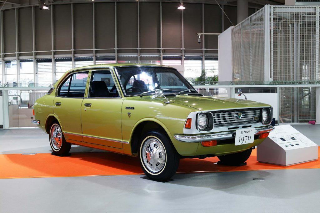 Sedan Vs Coupe >> Toyota Corolla sedan, coupe, van (1970-78, E20, 2nd gen, JDM) photos