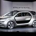 Chrysler Portal concept: Semi-autonomous EV minivan with office interior
