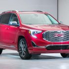 2018 Chevrolet Equinox vs 2018 GMC Terrain: Side by side comparison