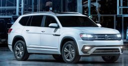 2018 Volkswagen Atlas R-Line: Sportier looks, but still really boring
