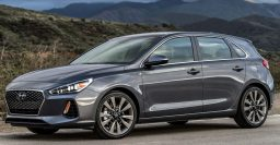 2018 Hyundai Elantra GT (i30) hatch vs sedan: What are the differences seen side by side?
