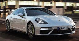 2018 Porsche Panamera Turbo S E-Hybrid: A V8 plug-in hybrid sedan!
