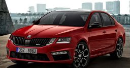 2017 Skoda Octavia RS 245: More power, same weird headlamps