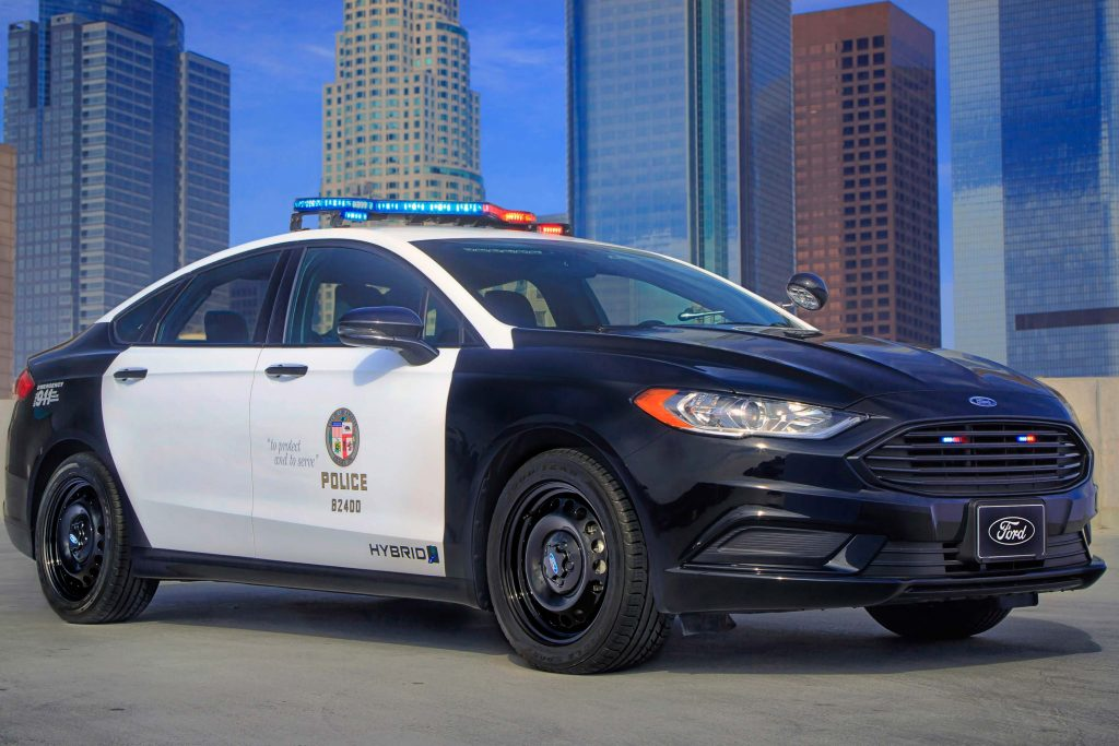 Ford Police Responder Hybrid Sedan (2017 Fusion, 2nd gen) photos | Between the Axles