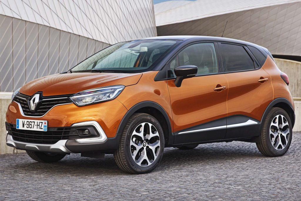 Renault Captur (2017 facelift, J87, first generation) photos | Between the Axles