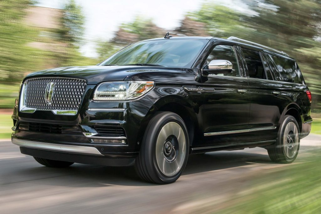 Lincoln Navigator Extended Length Black Label (2018, U554) photos | Between the Axles