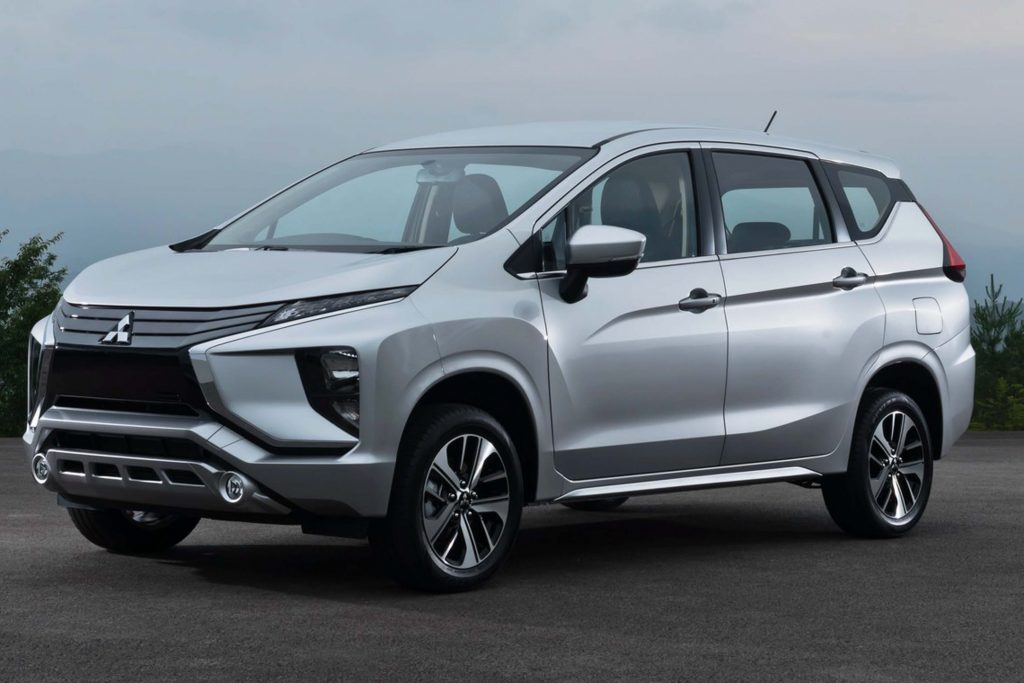 mitsubishi xpander glx 2018 with 2017 Mitsubishi Xpander Suv Minivan Cross  Ing To Asean In 2018 16233 on Mitsubishi Expander Interior also Price List as well New Mitsubishi Xpander Mpv Maruti Ertiga 12278804 as well Daftar Harga further Mitsubishi Unveils All New 2016 Montero.