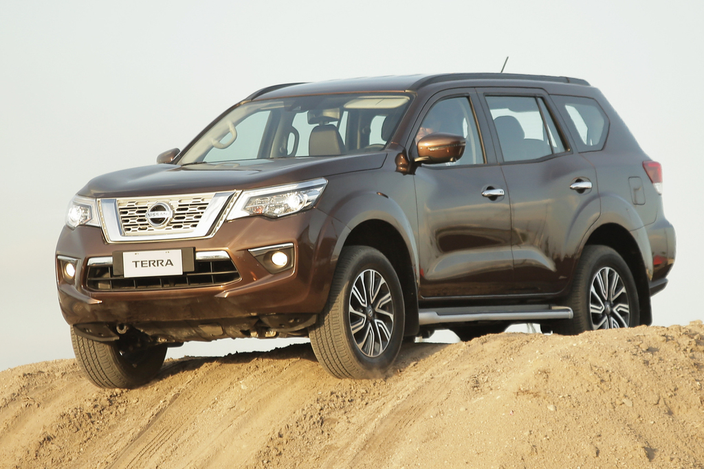Nissan Terra 2018 First Generation Se Asia Photos