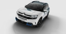 2020 Citroen C5 Aircross Plug-in Hybrid previewed by Paris concept