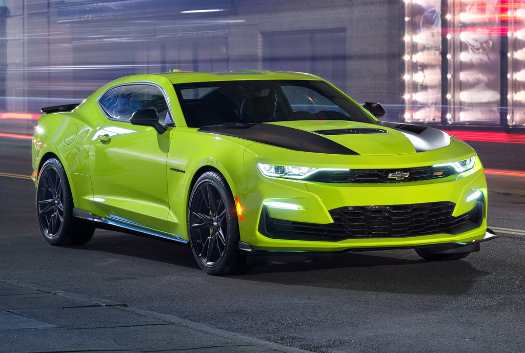 2019 Chevrolet Camaro Ss New Front Grille Rushed To Production Not Ugly Between The Axles