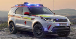 Special Land Rover Discovery joins Austrian Red Cross fleet. Stat!
