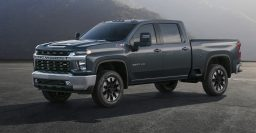 2020 Chevrolet Silverado HD: More differentiation, more ugly, and 910 lb-ft!