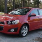 Chevrolet Sonic hatch & sedan (2012-2016, first generation, on the street) photos