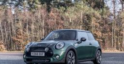 2019 Mini 60 Years Edition: Maximum British Racing Green