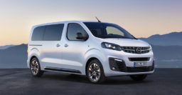 2019 Opel Zafira Life / Vauxhall Vivaro Life: New van-based minivans debut