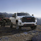 GMC Sierra 2500 HD AT4 (2020, fourth generation) photos