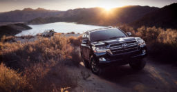 2020 Toyota Land Cruiser Heritage Edition is full of retro touches