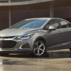 Chevrolet Cruze hatch & sedan (2019 facelift, third generation, USA) photos